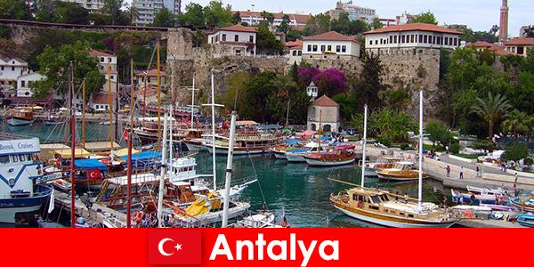 Туреччина курорт Анталія на узбережжі Середземного моря