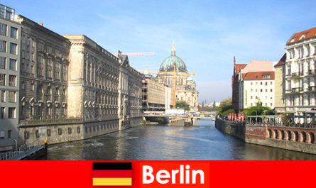 Поради для сімейного відпочинку з дітьми в Берліні Німеччина