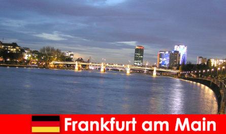 Ексклюзивні розкішні поїздки в місто Франкфурт-на-Майні у готелі у місті Нобель