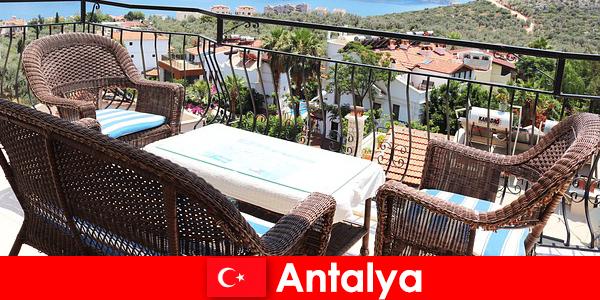 Гостинність в Туреччині знову підтверджена туристами в Анталії