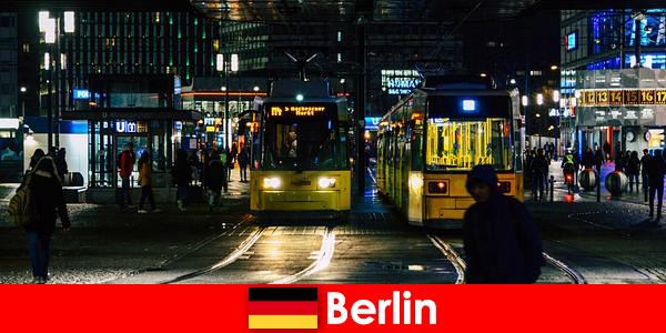 Проституція в Берліні з гарячими повіями ескорт з нічного життя