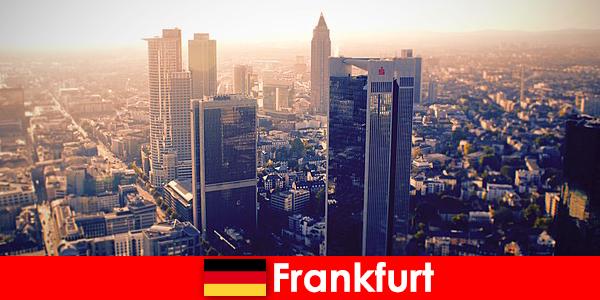 борделі і клуби в Франкфурті-на-Майні першокласного ескорт послуги для благородних гостей