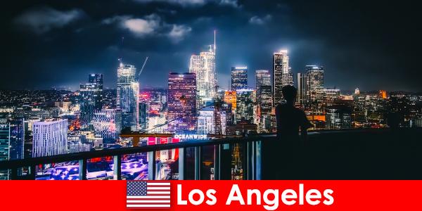 Подорож до Лос-Анджелеса, що слід враховувати відвідувачам вперше