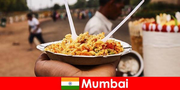 Мумбаї це місце, відоме туристам для своїх вуличних продавців і типів продуктів харчування