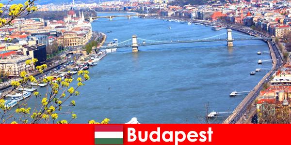 Будапешт в Угорщині популярний відгук про подорожі для купання та оздоровчого відпочинку