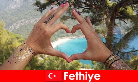 Пляжний відпочинок в Туреччині Фетхіє для молодих і старих завжди мрія