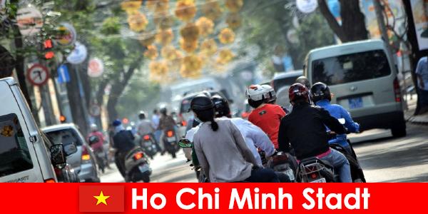 Хошимін місто HCM або HCMC або HCM City відомий як Чайнатаун