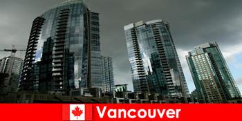 Ванкувер в Канаді завжди є місцем для вражаючих будівель для незнайомих людей