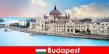 Будапешт красиве місто з безлічі пам'яток для туристів
