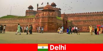 Пульсуюте життя в Делі Індія для культурних мандрівників з усього світу