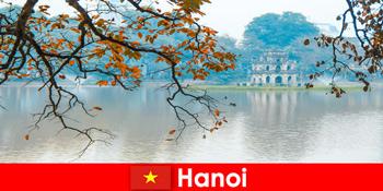 Ханой В'єтнам Jade гірський храм і літературний храм радує туристів