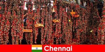 Звуки і рідні танці в храмі чекають незнайомців в Ченнаї Індії
