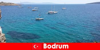 Розкішний відпочинок для іноземців в красивих бухтах Бодрум Туреччини