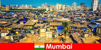 У Мумбаї, Індія, мандрівники відчувають контрасти цього чудового міста