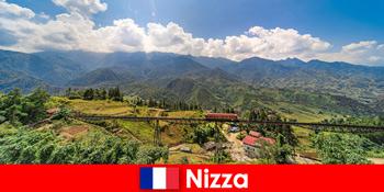 Поїздом по селах і горах у внутрішніх районах Ніцци Франція