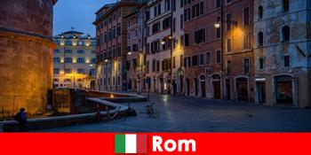 Коротка поїздка для туристів восени в Рим Італія до найкрасивіших пам'яток