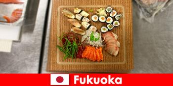 Фукуока Японія - популярне місце для кулінарних мандрівників