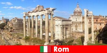 Автобусні тури для європейських гостей до стародавніх розкопок і руїн в Римі Італія